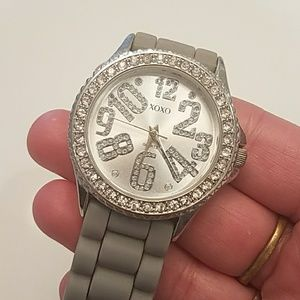 **GRAY BLING WATCH**